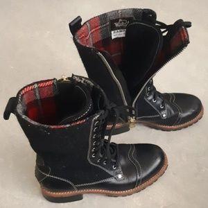 Woolrich women's brogue leather & wool boots 7